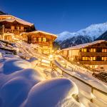 World___Austria_Evening_lights_at_the_ski_resort_of_Solden__Austria_069747_